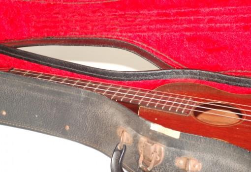 Martin Style-1 Tenor Mahogany Ukulele Inside Case Neck