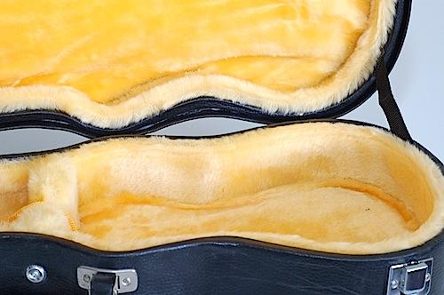 Favilla Model U-2 Mahogany (1930s) Soprano Ukulele Case Open