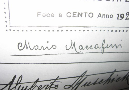 Mario Maccaferri instrument label